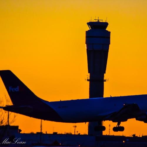 Calgary Unrise at YYC Airport